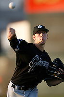 August 10 2006: Tim Lincecum of the San Jose Giants in action at Clear Channel Stadium in Lancaster,CA.  Photo by Larry Goren/Four Seam Images