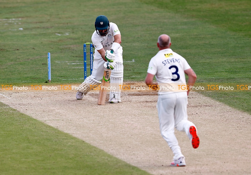 Darren Stevens bowls Daryl Mitchell during Kent CCC vs Worcestershire CCC, LV Insurance County Championship Division 3 Cricket at The Spitfire Ground on 6th September 2021