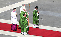 Pope Francis celebrates a mass for World Day of Migrants and Refugees at St. Peter's Square at the Vatican on September 29, 2019 <br /> UPDATE IMAGES PRESS/Isabella Bonotto<br /> <br /> STRICTLY ONLY FOR EDITORIAL USE