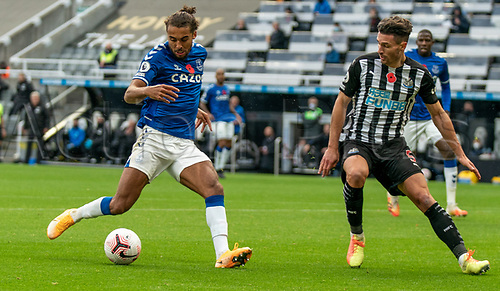 1st November 2020; St James Park, Newcastle, Tyne and Wear, England; English Premier League Football, Newcastle United versus Everton; Dominic Calvert-Lewin of Everton takes a shot past Fabian Schär of Newcastle United