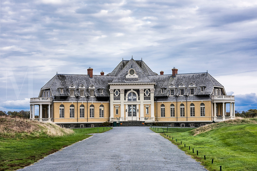 Newport Country Club clubhouse, Rhode Island, USA.