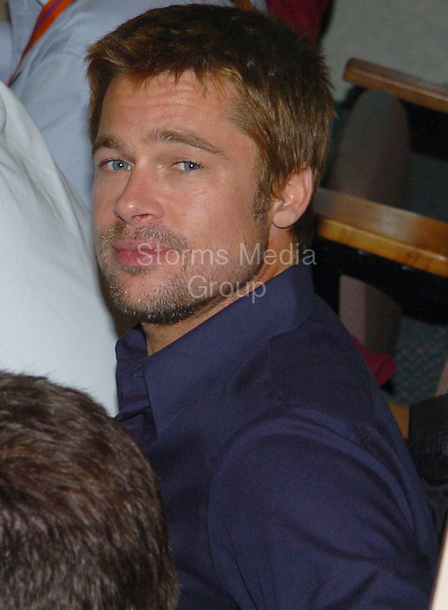 SMG_Brad Pitt_FLXX_EXC_First Pixs_Breakup_01.JPG_EXCLUSIVE COVERAGE <br /> <br /> 010505 msm<br /> <br /> first pixs of Brad Pitt after breaking up with wife Jennifer Aniston <br />  <br /> Brad Pitt and his brother watch the 2005 FedEx Orange Bowl as Pro Player Stadium in North Miami welcomes the Oklahoma Sooners and the Southern California Trojans - (Photo By Storms Media Group)<br /> <br /> People:  Brad Pitt<br /> <br /> Transmission Ref:  FLXX_EXC<br /> <br /> Must call if interested<br /> Michael Storms<br /> Storms Media Group Inc.<br /> 305-632-3400 - Cell<br /> 305-513-5783 - Fax<br /> MikeStorm@aol.com