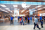 People shopping at Apple store, Yorkdale shopping centre, Toronto, Ontario, Canada 2014.