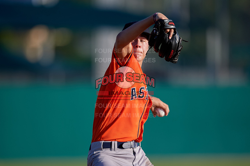 Devin Futrell (21) during the WWBA World Championship at Lee County Player Development Complex on October 9, 2020 in Fort Myers, Florida.  Devin Futrell, a resident of Pembroke Pines, Florida who attends American Heritage High School, is committed to Vanderbilt.  (Mike Janes/Four Seam Images)