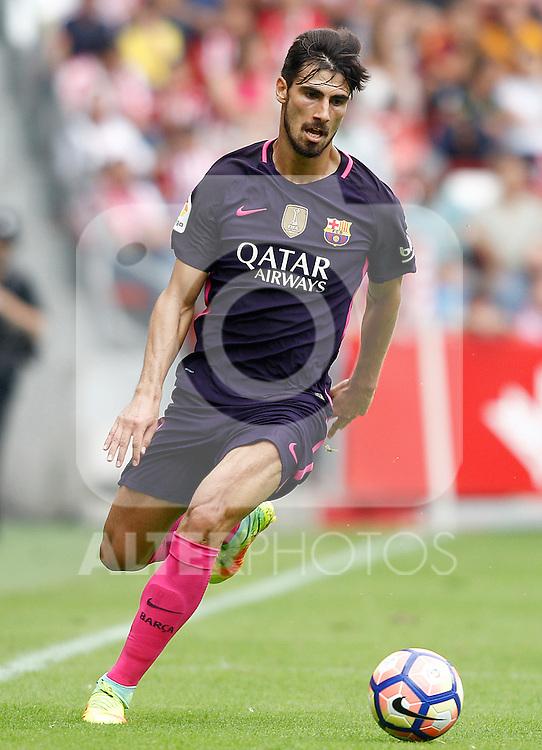 FC Barcelona's Andre Gomes during La Liga match. September 24,2016. (ALTERPHOTOS/Acero)