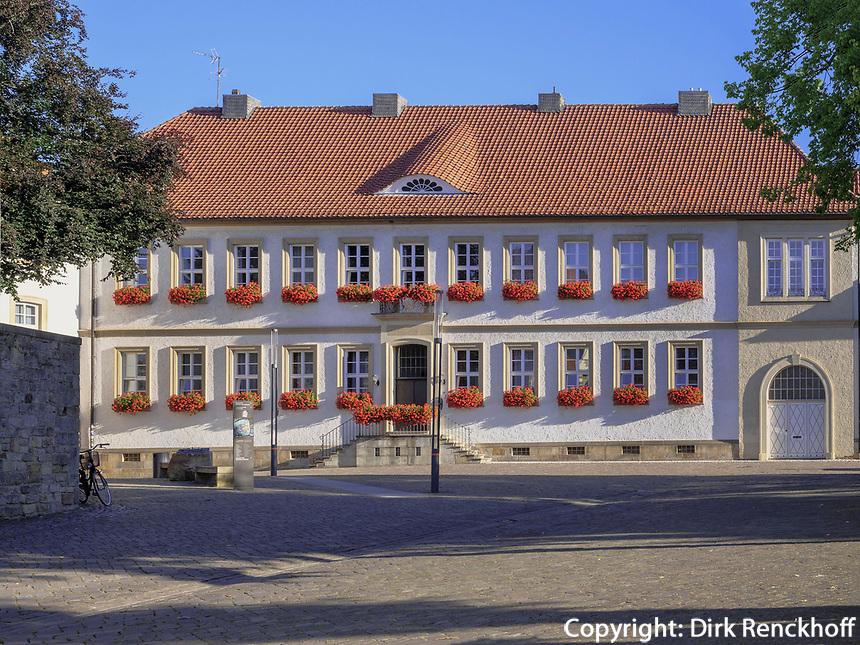 Wohnhaus des Bischof am Domhof 25, Hildesheim, Niedersachsen, Deutschland, Europa<br /> residence of the bishop, Domhof 25, Hildesheim, Lower Saxony, Germany, Europe