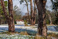 Schloss und Park Sacrow im Winter, Potsdam, Brandenburg, Deutschland