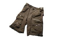 cargo shorts<br /> Photo : (c) 2006 Images Distribution