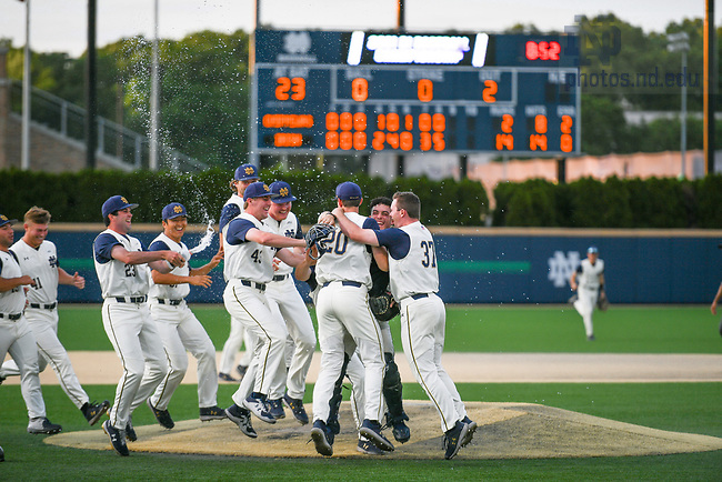 June 6, 2021; Notre Dame players celebrate after winning the NCAA Baseball regional tournament at Eck Baseball Stadium. (Photo by Matt Cashore/University of Notre Dame)