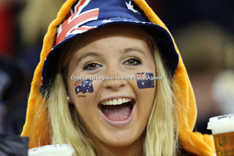 Pictured: A female Australia supporter.Saturday 08 November 2014<br /> Re: Dove Men Series rugby, Wales v Australia at the Millennium Stadium, Cardiff, south Wales, UK.