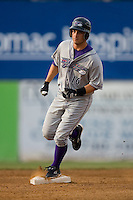 Lee Cruz #16 of the Winston-Salem Dash rounds second base following his home run in the first inning at Pfitzner Stadium June 11, 2009 in Woodbridge, Virginia. (Photo by Brian Westerholt / Four Seam Images)