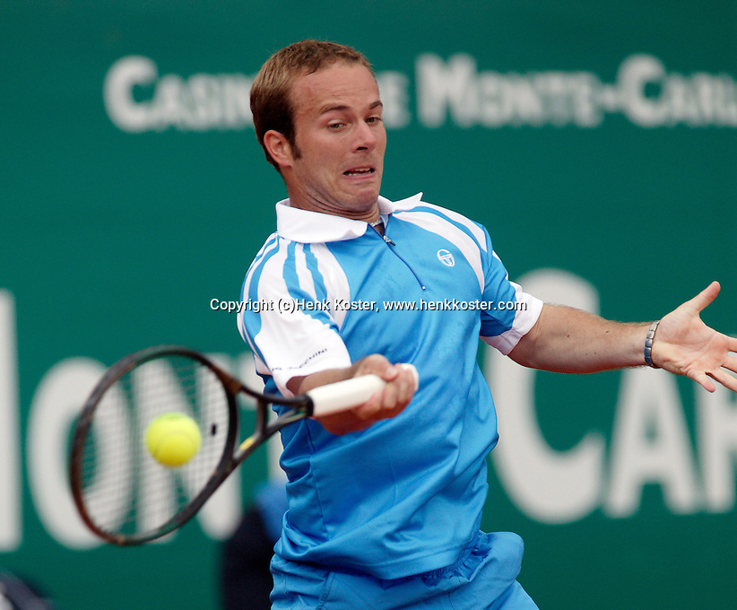 17-4-06, Monaco, Tennis,Master Series, Olivier Rochus in action against Monfils