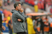 MEDELLIN - COLOMBIA, 22-02-2020: Juan Carlos Osorio técnico de Nacional gesticula durante el partido entre Deportivo Independiente Medellín y Atlético Nacional como parte de la Liga BetPlay DIMAYOR I 2020 jugado en el estadio Atanasio Girardot de la ciudad de Medellín. / Juan Carlos Osorio coach of Nacional gestures during Match for the date 6 between Deportivo Independiente Medellin and Atletico Nacional as a part BetPlay DIMAYOR League I 2020 played at Atanasio Girardot stadium in Medellin city. Photo: VizzorImage / Leon Monsalve / Cont