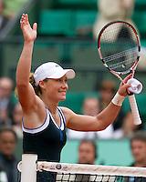 31-05-10, Tennis, France, Paris, Roland Garros, Samantha Stosur juicht nadat ze Henin heeft verslagen