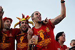 02.07.2012.Iniesta (l) and Jordi Alba during  Tour of Madrid of the Spanish football team to celebrate their victory in Euro 2012 july 2012.(ALTERPHOTOS/ARNEDO)