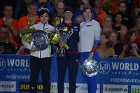 SCHAATSEN: HEERENVEEN: 07-03-2020, IJsstadion Thialf, ISU World Cup Final, Final Podium 1000m Ladies, Brittany Bowe (USA), Olga Fatkulina (RUS), ©foto Martin de Jong