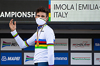 Picture by Alex Whitehead/SWpix.com - 25/09/2020 - Cycling - UCI 2020 Road World Championships IMOLA - EMILIA-ROMAGNA ITALY - Individual Time Trial Men Elite - Filippo Ganna of Italy on the podium after winning the Men's Elite Individual Time Trial. - SANTINI