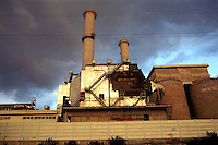 - the discontinued industrial area of Bagnoli (Naples)....- l'area industriale dismessa di Bagnoli (Napoli)