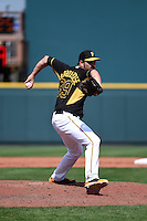 Pittsburgh Pirates pitcher Bobby LaFromboise (39) during a Spring Training game against the Boston Red Sox on March 12, 2015 at McKechnie Field in Bradenton, Florida.  Boston defeated Pittsburgh 5-1.  (Mike Janes/Four Seam Images)