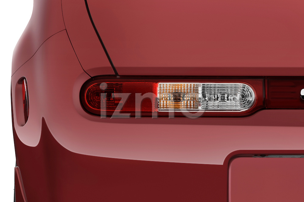 Tail light close up detail view of a 2009 Nissan Cube SL