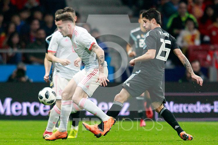 Spain's Saul Niguez (l) and Argentina's Pablo Perez during international friendly match. March 27,2018.(ALTERPHOTOS/Acero)