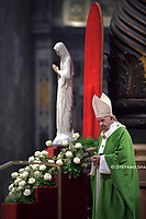 Pope Francis leads a mass to mark the World Day of the Poor, on November 17, 2019 at Saint Peter's basilica in Vatican.
