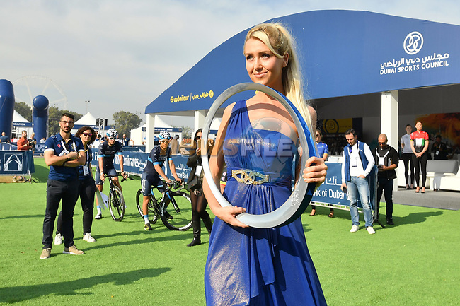 The winners trophy on parade at sign on before the start of Stage 2 The  Ras Al Khaimah Stage of the Dubai Tour 2018 the Dubai Tour's 5th edition, running 190km from Skydive Dubai to Ras Al Khaimah, Dubai, United Arab Emirates. 7th February 2018.<br /> Picture: LaPresse/Massimo Paolone | Cyclefile<br /> <br /> <br /> All photos usage must carry mandatory copyright credit (© Cyclefile | LaPresse/Massimo Paolone)