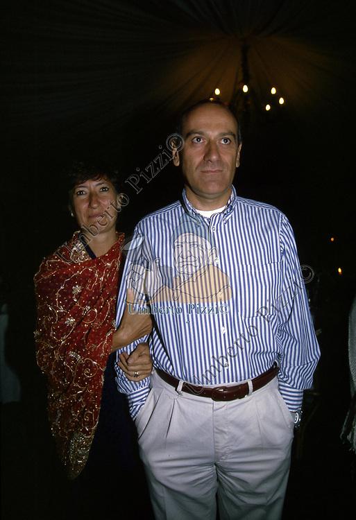 ROBERTO BRIGLIA CON LA MOGLIE<br /> FESTA PER I 60 ANNI DI MAURIZIO COSTANZO<br /> MANEGGIO DI GIANNELLA  1998
