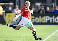 24 May 2009: Allison Whitworth of the FC Gold Pride kicks the ball during the game against Los Angeles Sol at Buck Shaw Stadium in Santa Clara, California.  Los Angeles Sol defeated FC Gold Pride, 2-0.
