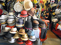 San Telmo neighborhood in Buenos Aires, one of the more ancient districts of the city, preserves an old atmosphere with Spanish style buildings, narrow streets, tango and markets. Is a point that any visitor must know in Buenos Aires