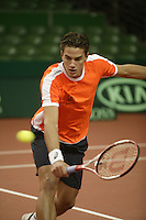 7-2-06, Netherlands, Amsterdam, Daviscup, first round, Netherlands-Russia, training, Jesse Huta Galung
