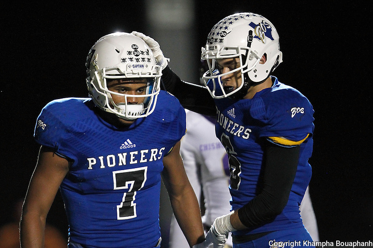 Boswell defeats Chisholm Trail 17-14 in district 5-5A high school football at Pioneer Stadium in Fort Worth on Friday, November 6, 2015. (photo by Khampha Bouaphanh)