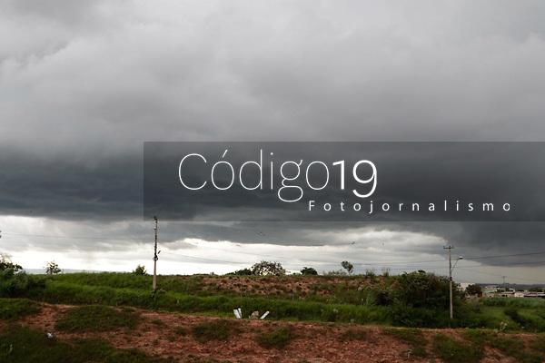 Campinas (SP), 29/12/2020 - Clima - Nuvens carregadas na cidade de Campinas (SP), proximo a Rodovia Santos Dumont, na entrada da cidade, no final de tarde desta terça-feira (29).