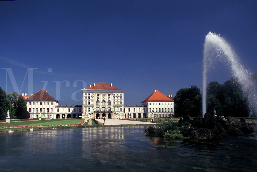 castle, Germany, Munich, Bavaria, Munchen, Europe, Schloss Nymphenburg, Fountain in the gardens on the grounds of the Nymphenburg Palace.