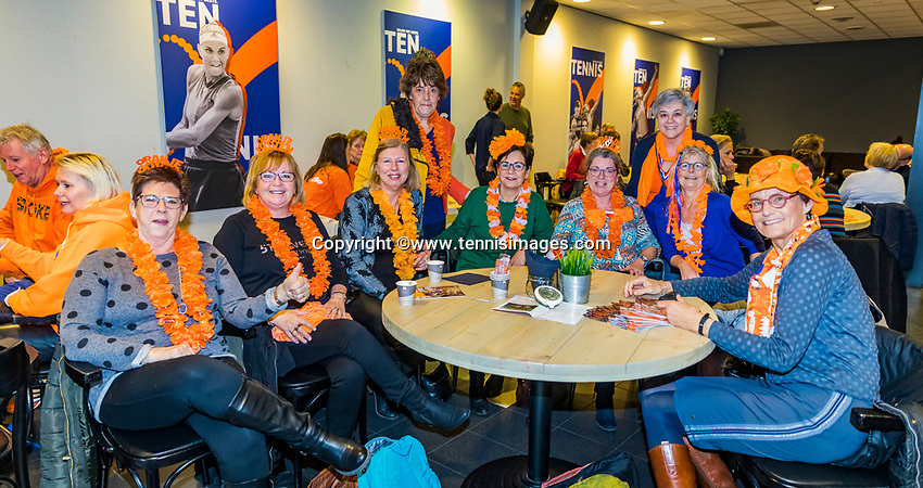 Den Bosch, The Netherlands, Februari 9, 2019,  Maaspoort , FedCup  Netherlands - Canada,  Dutch supporters<br /> Photo: Tennisimages/Henk Koster