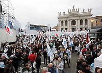 Manifestazione del Popolo della Liberta' a Roma, 20 marzo 2010..People of Freedom center-right party demonstrate in Rome, 20 march 2010..UPDATE IMAGES PRESS/Riccardo De Luca