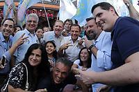 CAMPINAS, SP, 05.10.2018: ELEIÇÕES-2018 - O candidato ao governo de São Paulo, João Doria (PSDB) faz campanha no centro de Campinas, interior de São Paulo, na tarde desta sexta-feira (05). O candidato caminhou pela rua Treze de Maio e cumprimentou eleitores. (Foto: Denny Cesare/Código19/Folhapress)