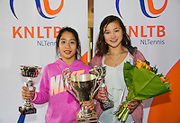 March 15, 2015, Netherlands, Rotterdam, TC Victoria, NOJK, Winner girls 14 years Lian Tran and runner up Roos van Reek (R)<br /> Photo: Tennisimages/Henk Koster