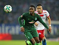 31.09.2017, Football 1. Bundesliga 2017/2018, 7.  match day, Hamburger SV - SV Werder Bremen, Volksparkstadium Hamburg.  Ulisses Garcia (Werder Bremen)  -  Bobby Wood (Hamburg)  *** Local Caption *** © pixathlon<br /> <br /> +++ NED + SUI out !!! +++<br /> Contact: +49-40-22 63 02 60 , info@pixathlon.de