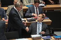 Plenarsitzung des Berliner Abgeordnetenhaus der laufenden Legislaturperiode am Donnerstag den 26. Mai 2016.<br /> Im Bild vlnr.: 2. Buergermeister und Senator fuer Inneres und Sport, Frank Henkel (CDU).<br /> Regierender Buergermeister, Michael Mueller (SPD).<br /> 26.5.2016, Berlin<br /> Copyright: Christian-Ditsch.de<br /> [Inhaltsveraendernde Manipulation des Fotos nur nach ausdruecklicher Genehmigung des Fotografen. Vereinbarungen ueber Abtretung von Persoenlichkeitsrechten/Model Release der abgebildeten Person/Personen liegen nicht vor. NO MODEL RELEASE! Nur fuer Redaktionelle Zwecke. Don't publish without copyright Christian-Ditsch.de, Veroeffentlichung nur mit Fotografennennung, sowie gegen Honorar, MwSt. und Beleg. Konto: I N G - D i B a, IBAN DE58500105175400192269, BIC INGDDEFFXXX, Kontakt: post@christian-ditsch.de<br /> Bei der Bearbeitung der Dateiinformationen darf die Urheberkennzeichnung in den EXIF- und  IPTC-Daten nicht entfernt werden, diese sind in digitalen Medien nach §95c UrhG rechtlich geschuetzt. Der Urhebervermerk wird gemaess §13 UrhG verlangt.]
