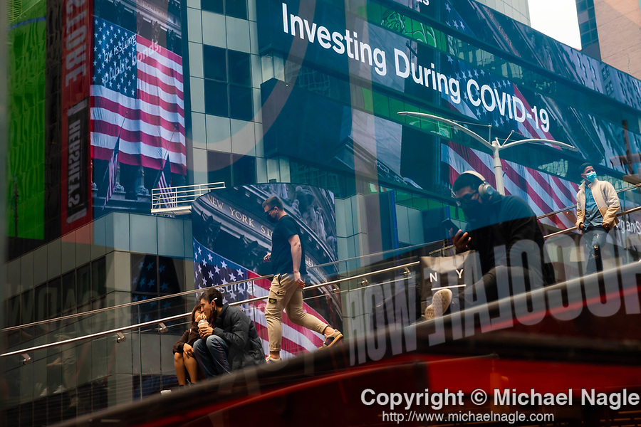S&P 500 index information is displayed on monitors in front of Morgan Stanley in New York on Wednesday, April 14, 2021. Photographer: Michael Nagle
