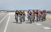 when exposed to the heavy sea winds, Team LottoNL-Jumbo forces the peloton to break into echelons.  Marcel Kittel (DEU/QuickStep Floors) made the first break.<br /> <br /> Ster ZLM Tour (2.1)<br /> Stage 2: Tholen > Hoogerheide (186.8km)