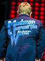 Elton John : Meadowbank Stadium