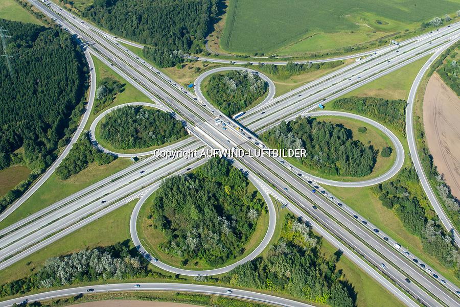 Autobahnkreuz Rendsburg: DEUTSCHLAND, SCHLESWIG HOLSTEIN  06.09.2013: Autobahnkreuz Rendsburg