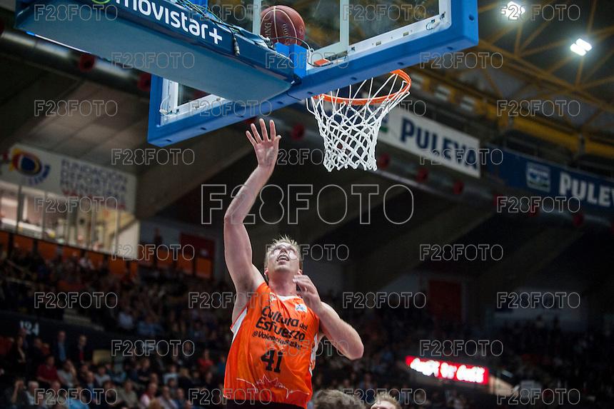 VALENCIA, SPAIN - OCTOBER 31: Hamilton during ENDESA LEAGUE match between Valencia Basket Club and Rio Natura Monbus Obradoiro at Fonteta Stadium on   October 31, 2015 in Valencia, Spain