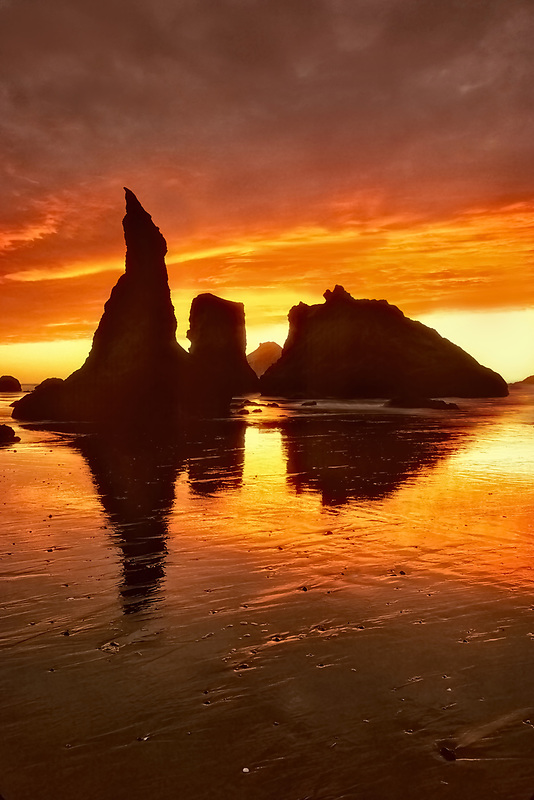 Sunset at Bandon with low tide, Oregon.