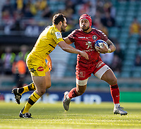 22nd May 2021; Twickenham, London, England; European Rugby Champions Cup Final, La Rochelle versus Toulouse; Cheslin Kolbe of Toulouse is tackled