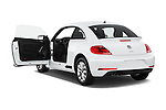 Car images of 2017 Volkswagen Beetle S 3 Door Hatchback Doors
