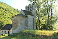 France, Corrèze (19), Servières-le-Château, hameau de Glény, chapelle de Glény au bord de la Dordogne // France, Corrèze, Servières-le-Château, hamlet of Glény,  chapel of Gleny beside the Dordogne