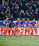 Nederland, Amsterdam, 7 februari 2016<br /> Eredivisie<br /> Seizoen 2015-2016<br /> De Klassieker <br /> Ajax-Feyenoord<br /> Spelers van Feyenoord lopen terug naar hun eigen helft, nadat Jens Toornstra (r.) de 0-1 heeft gescoord.
